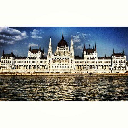 Ungheria Hungary Budapest Danubio Fiume River Parlamento Parliament Europa Europe Duna Danube Landscape Panorama