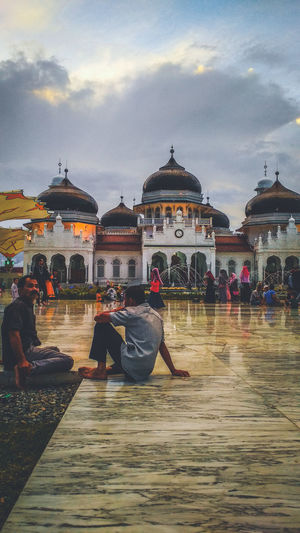 Mosque Mosque Architecture Baiturrahman Aceh, Indonesia Aceh EyeEm Best Shots EyeEm EyeEmNewHere Man Adventure Photooftheday Photography Indonesia_photography City Politics And Government Dome Sitting Sky Architecture Built Structure Building Exterior Historic Visiting