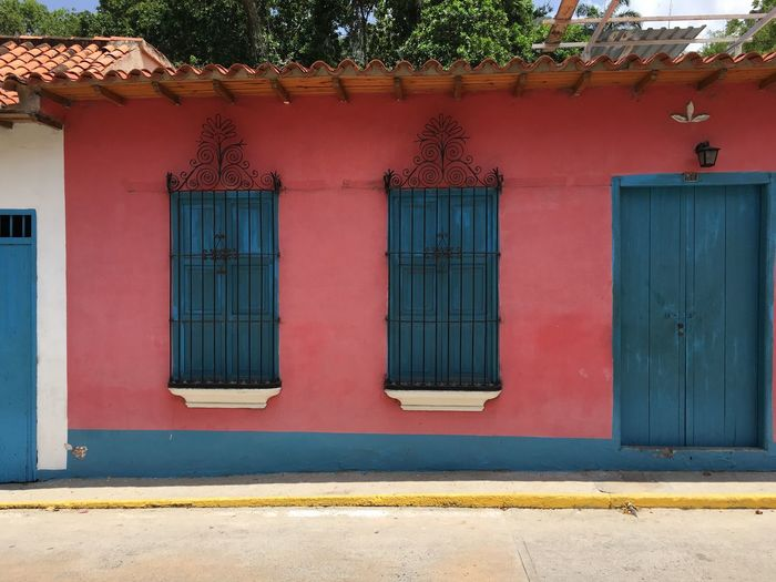 Caribbean Architecture Choroni_Vnzla Choroni Closed Open Door Colonial Style Colonial Architecture Town Architecture Built Structure Architecture Building Exterior Window House Day Outdoors No People Door Entrance Summer Holidays Summer Carribean Life