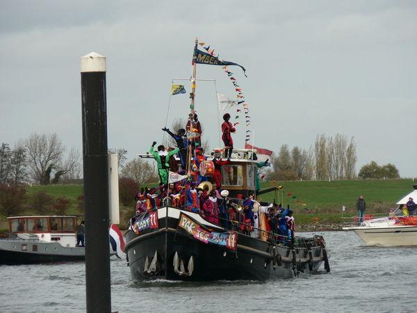 Boat Boot Holland Intochtsinterklaas Journey Mode Of Transport Nautical Vessel Ship Sinterklaas Voyage