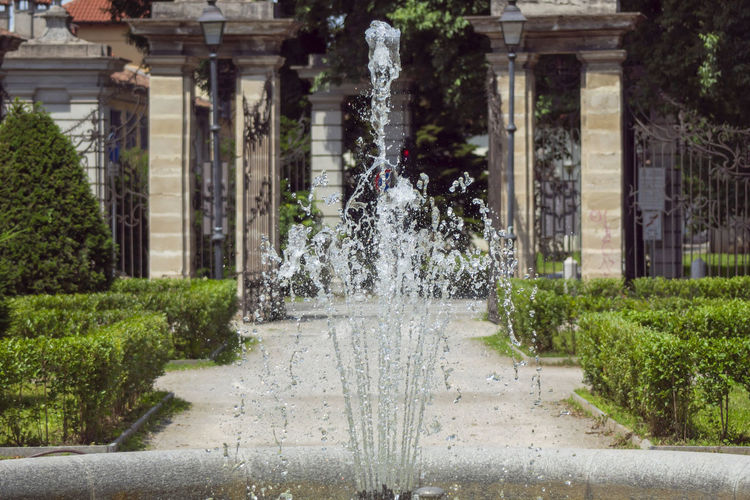 Architectural Column Architecture Building Building Exterior Built Structure City Day Flowing Water Fountain Growth Motion Nature No People Ornamental Garden Outdoors Park Plant Splashing Spraying Water Summer In The City