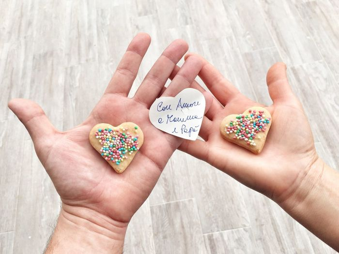 With love to Mom and Dad Love ♥ Valentine's Day  Valentine Check This Out Hello World Taking Photos Showcase: February Hands Heart Biscuits Emotions Emotion Family Family❤