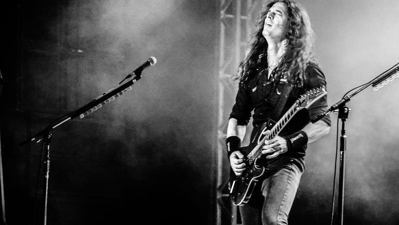 Music Performance Rock Music Arts Culture And Entertainment Rock Musician Electric Guitar Guitar Musician Megadeth Kiko Loureiro Thrash Metal Plucking An Instrument People Adult Singer  One Person Stage - Performance Space Playing Popular Music Concert