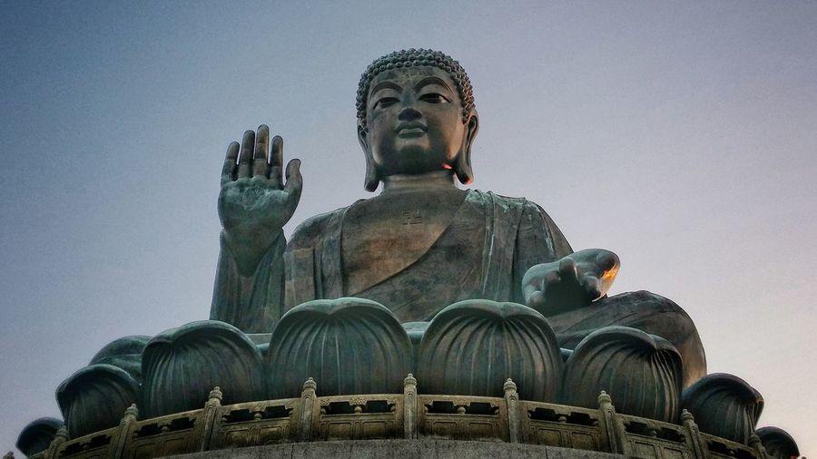 Big Buddha Buddha Hong Kong Lantau Island Low Angle View Majestic Place Of Worship Religion Spirituality Statue Tian Tan Buddha (Giant Buddha) 天壇大佛 Tourist Attraction  Yung Shue Wan