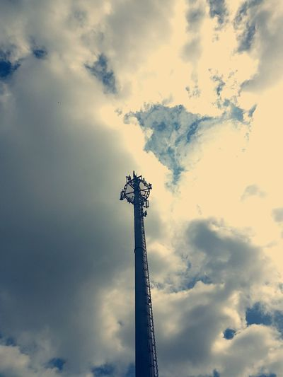 Transmission Tower Broadcasting Tower Sendemast Low Angle View Sky Cloud - Sky No People Day Outdoors Hello World Clouds