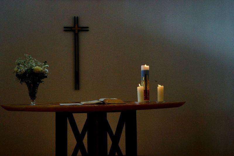 Silence Moment Pray Religion religious Crucifix Candlelight EyeEm Gallery Pure Minimalism The Architect - 2017 EyeEm Awards Architecture