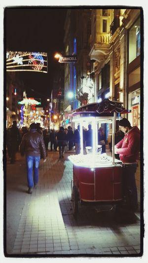 Beatifull Cities Istiklal Caddesi Istanbul The Street Photographer - 2014 EyeEm Awards EyeEm Best Shots - The Streets