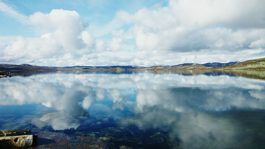 Norway🇳🇴 Wonderful Day Wonderful Place Wonderful View Wonderful Nature Everything Is Wonderful Lake Lake View Sky Cloudporn Clouds And Sky Beauty In Nature Beautiful View Memoriesneverdie Skyporn Want Back So Badly In Love With Norway 🇳🇴 Tripwithfriends Schooltrip 🎓 Sunny Day☀ Xiaomiphotograph HDR