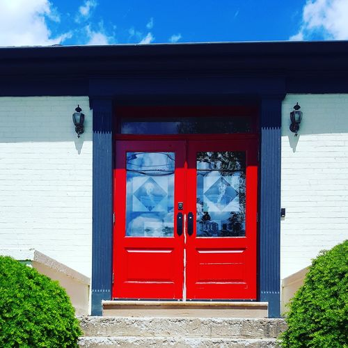 Door Entrance Red Window Outdoors Day Built Structure Building Exterior No People Architecture Sky Urbanphotography Street Photography Urban Perspectives