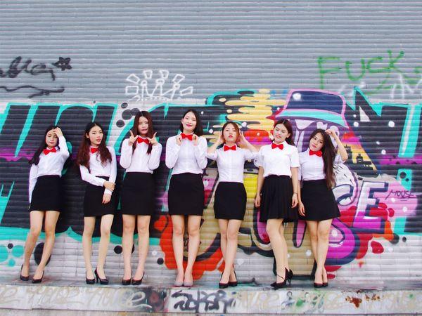 北理珠 毕业季 Happy Graduation Good Friends Pretty Girl Have Fun Enjoying Life