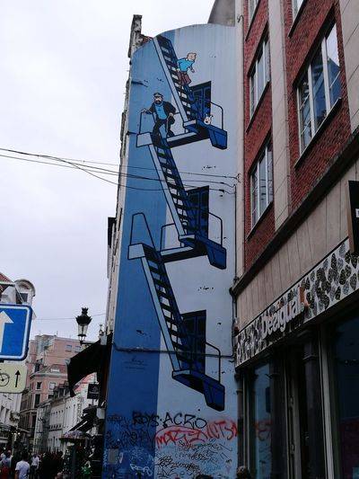 Outdoors Day Wallpainting Tintin Haddock Adventure Herge Brussels