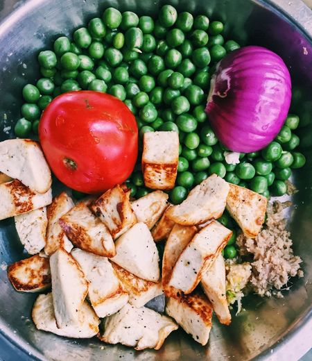 Cheese Paneer Onions Tomato Green Peas Food And Drink Tomatoes Tomato Onions Food Cheese Green Peas Onions Tomato Paneer Food Vegetable Healthy Eating Food And Drink Tomato Freshness Red Bell Pepper No People Ready-to-eat SLICE Indoors  Close-up Day