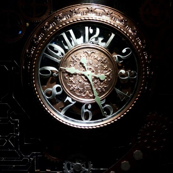 Clock Time Timeisgold