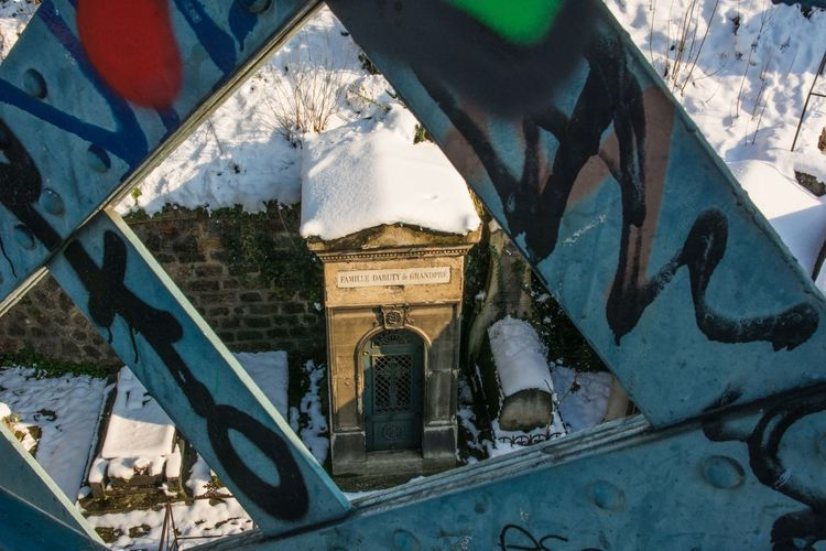 Montmartre Nature Paris SnW Winter Cimetary Cold Temperature No People Outdoors