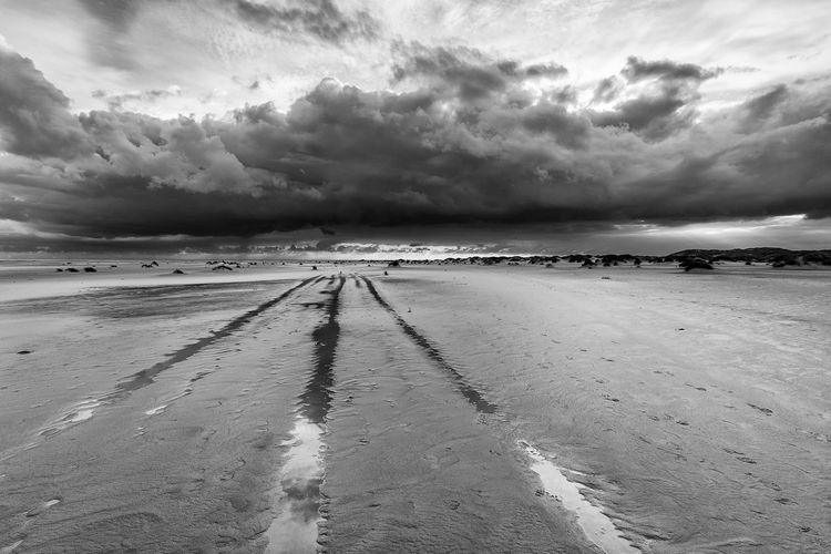 ✨Streets of Heaven✨ John Illsley feat. Marc Knopfler Beach Betterlandscapes Cloud - Sky Dramatic Sky Tranquility Tranquil Scene Beauty In Nature Perspectives On Nature Walking Around Taking Pictures From My Point Of View Eyeem Market Black And White Collection  Black And White Photography Black And White Shadows & Lights Skyporn Sky Collection Skylovers Cloud Porn Horizon View Horizontal Composition Clouds And Sky Black And White Friday Step It Up One Step Forward Be. Ready. EyeEmNewHere EyeEm Ready   AI Now An Eye For Travel Modern Workplace Culture Go Higher Visual Creativity Summer Exploratorium Going Remote Focus On The Story #FREIHEITBERLIN The Great Outdoors - 2018 EyeEm Awards The Traveler - 2018 EyeEm Awards Creative Space Summer Road Tripping The Troublemakers