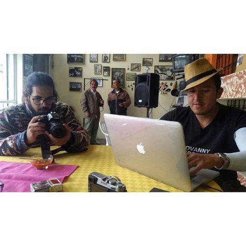 Geovanny Verdezoto ..... Shooting Yosoyquito Ecuador Centrohistorico Típico 24deMayo Canon Canon_official Canonecuador