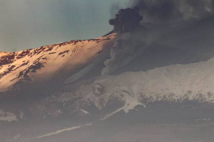 Beauty In Nature Scenics - Nature Landscape Mountain Nature Tranquil Scene Sky Physical Geography Non-urban Scene Tranquility Environment Geology No People Land Volcano Day Smoke - Physical Structure Desert Outdoors Power In Nature Climate Arid Climate Snowcapped Mountain Volcanic Crater