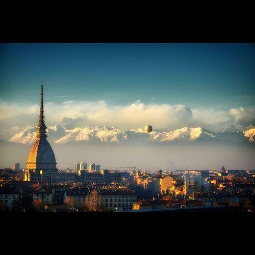 Voglio che ogni mattino sia per me un capodanno. Ogni giorno voglio fare i conti con me stesso, e rinnovarmi ogni giorno. Nessun giorno preventivato per il riposo. Le soste me le scelgo da me, quando mi sento ubriaco di vita intensa e voglio fare un tuffo nell'animalità per ritrarne nuovo vigore (Gramsci) Skyline Citylife Nature Photooftheday Lovetheview Ig_torino Natura Love Igfriends_piemonte Moleantonelliana Picoftheday Gramsci Torino Turin Italy Italia Instaitalia Turinheart Igfriends_italy Capodanno 1gennaio2014 2014 Landscape Cityscape Ig_italia life love bestpicever