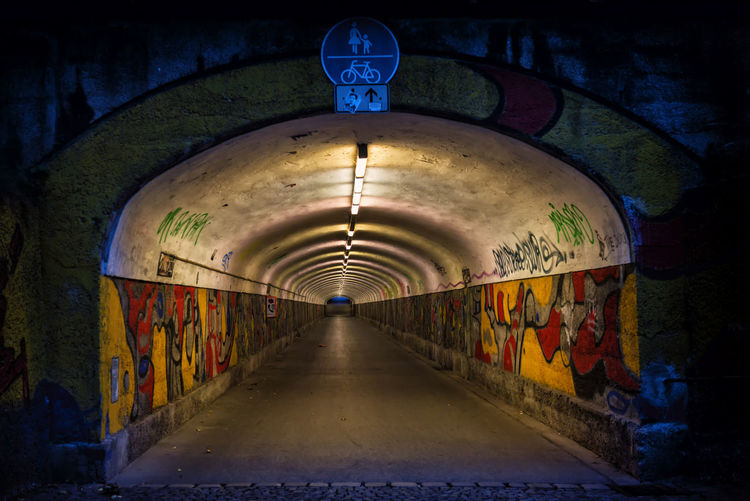 Illuminated tunnel