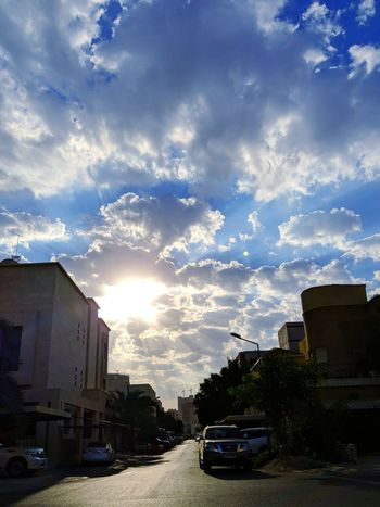 Beautiful Morning. Sun Sunligth  Sunbath Kuwaitinstagram Kuwaitstreetphotography Kuwaitphoto Kuwaitstreetphotographer Kuwaitsky Kuwait Kuwait❤ Morning Light Morning Sky Clouds And Sky Cloud Clouds Hawally Cloud - Sky Outdoors Sunlight Day Sky House No People Dramatic Sky First Eyeem Photo