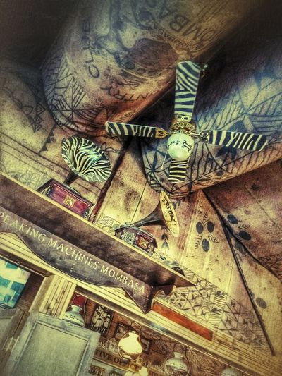 Break hunters African Safari Architecture Art And Craft Break, Drinks And Food Built Structure Cantina Ceiling Fan Creativity Culture Ethnic Decoration Full Frame Gramophone History Indoors  Lumicar Man Made Object Music No People Old House Place Of Worship Two Is Better Than One