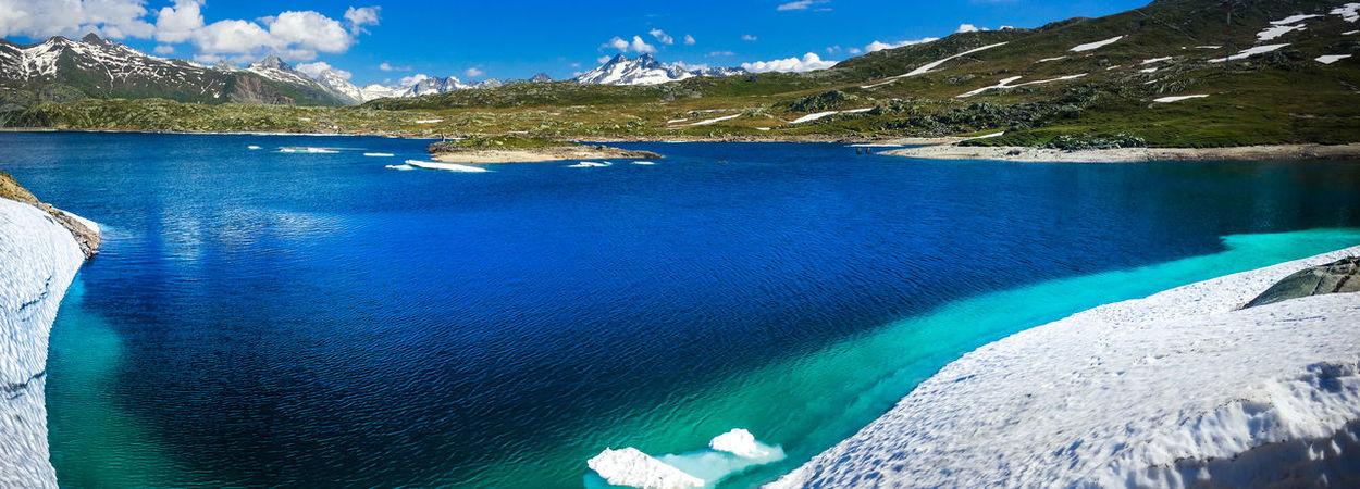 Schweiz Schweizer Alpen Gletschersee