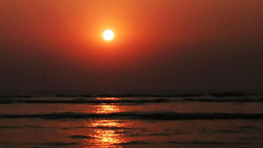 Sunset On The Beach Seashore Amazing View Weekendaway