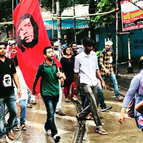 Human Rights Movement Fight For Your Right Communist Cheguevara Student Power Student Protest Kolkata Political Protest Political Rally Men Group Of People Real People Full Length Lifestyles Day Casual Clothing People Outdoors