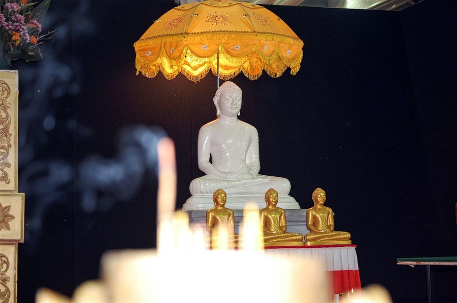 Focus On Background Peace Peaceful Oriental Festival EyeEm Selects Buddha Buddha Statue Gold Colored Statue Sculpture Spirituality Golden Color Close-up Idol No People Religion Day Indoors