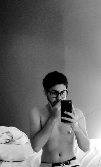 EyeEm Selects People Day Men Only Men Badroom Selfıe Home Noshirt