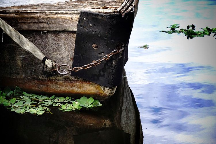 It's up to you to find the beauty in it. Close-up Nature Tranquility Journey Sea Scenics Nofilter EyeEm Best Shots Emotions Afloat Boat Abandoned Reflection