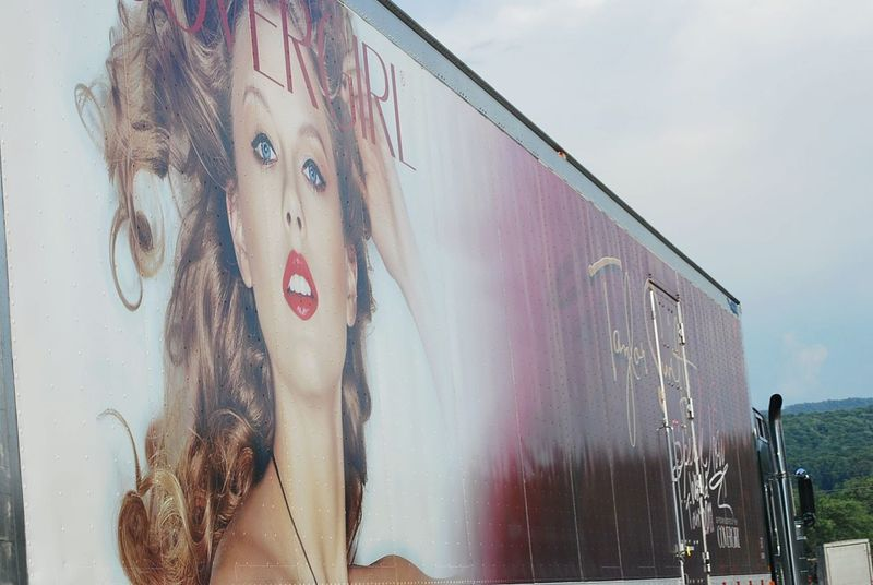 Photos By Jeanette My Commute Pop Singer The Following Country Singer  Following Taylorswift Driving Never Miss An Opportunity Taylor Swift Taking Pictures Tractor Trailer Beautiful Day
