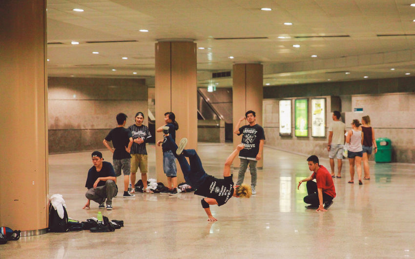 Breakdance Children Dance Enjoyment Flooring Freestyle Freestyler Friendship Full Length Group Hands Indoors  Music Occupation Sitting Standing Standing In Hand Togetherness Young Youth Youth Of Today Up Close Street Photography The Street Photographer - 2016 EyeEm Awards People And Places Snap A Stranger