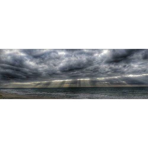 Seçim sabahı ☑✔ Oyver Secim2015 HDR Landscape Sunlight Panorama Panoramic Cloud Istanbul Foto Gunun_resmi Instalike Instafoto Sun Instalandscape Resim Photographer Photooftheday VSCO Vscocam Instacolor Sunset Vscogram Vscogram Vscophile vscostyle vscoaddict vscopicture