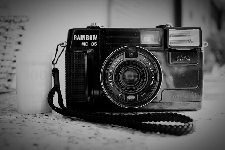 Camera - Photographic Equipment No People Technology Close-up Canoneos1100D Canon1100d Canon_offical BW_photography Bw_collection Blackandwhite Photography Neverstopexploring  Bnw_collection House Blackandwhite Bnwphotography Rainbow Rainbowofficial Rainbow Camera Equipment Passion
