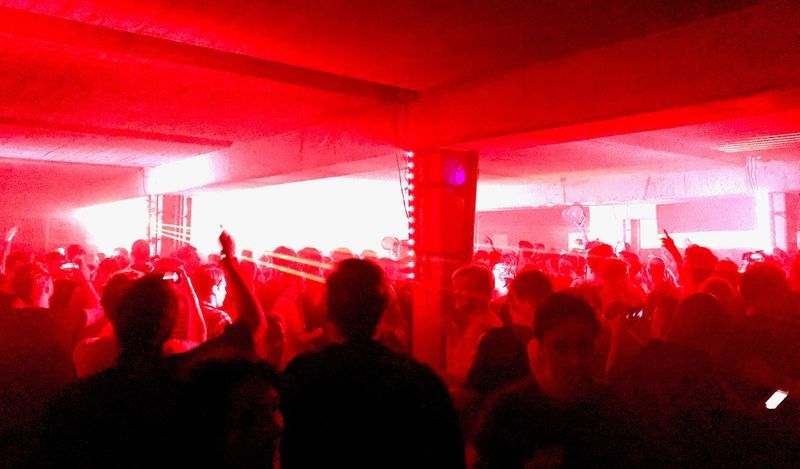 Techno De Reactie De Reactie Techno Group Of People Crowd Enjoyment Music Real People Event Red Nightlife Lifestyles