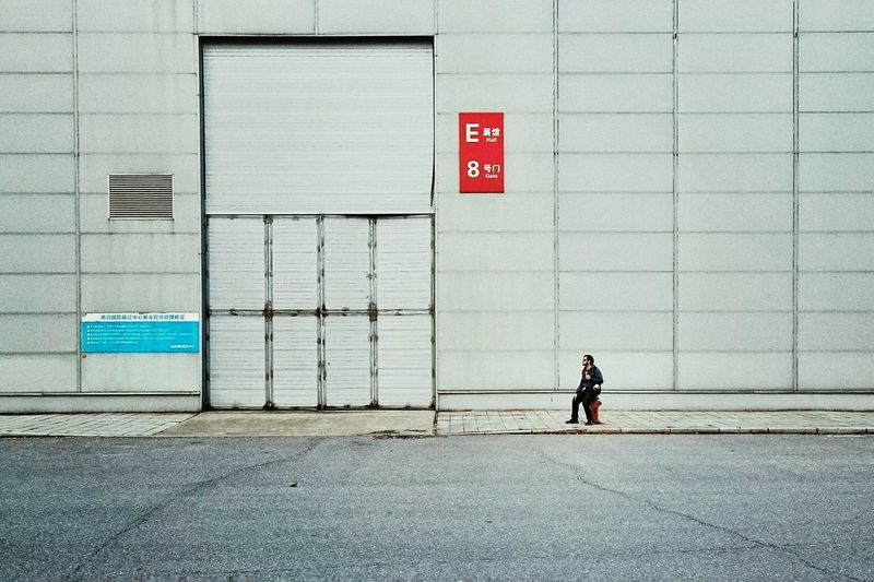 Back Alley of the exhibition hall People Wall Winter The Street Photographer - 2015 EyeEm Awards Battle Of The Cities Snap A Stranger