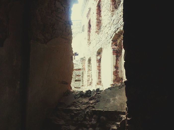 Window Indoors  No People Curtain Day Close-up Sky Krzyżtopór Castle Castle In The Poland Castle Ruin Castle Poland Poland Is Beautiful Architecture Built Structure Arch Darkness And Light Full Of Memories Mistery Atmosphere