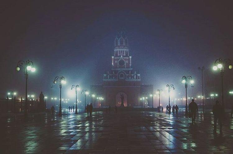 Fog Square SilentHill City Architecture площадь туман весна фонари отражение часы башнясчасами набережная йошкарола марийэл сайлентхилл
