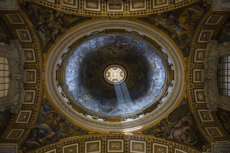 Interior of st peter basilica church
