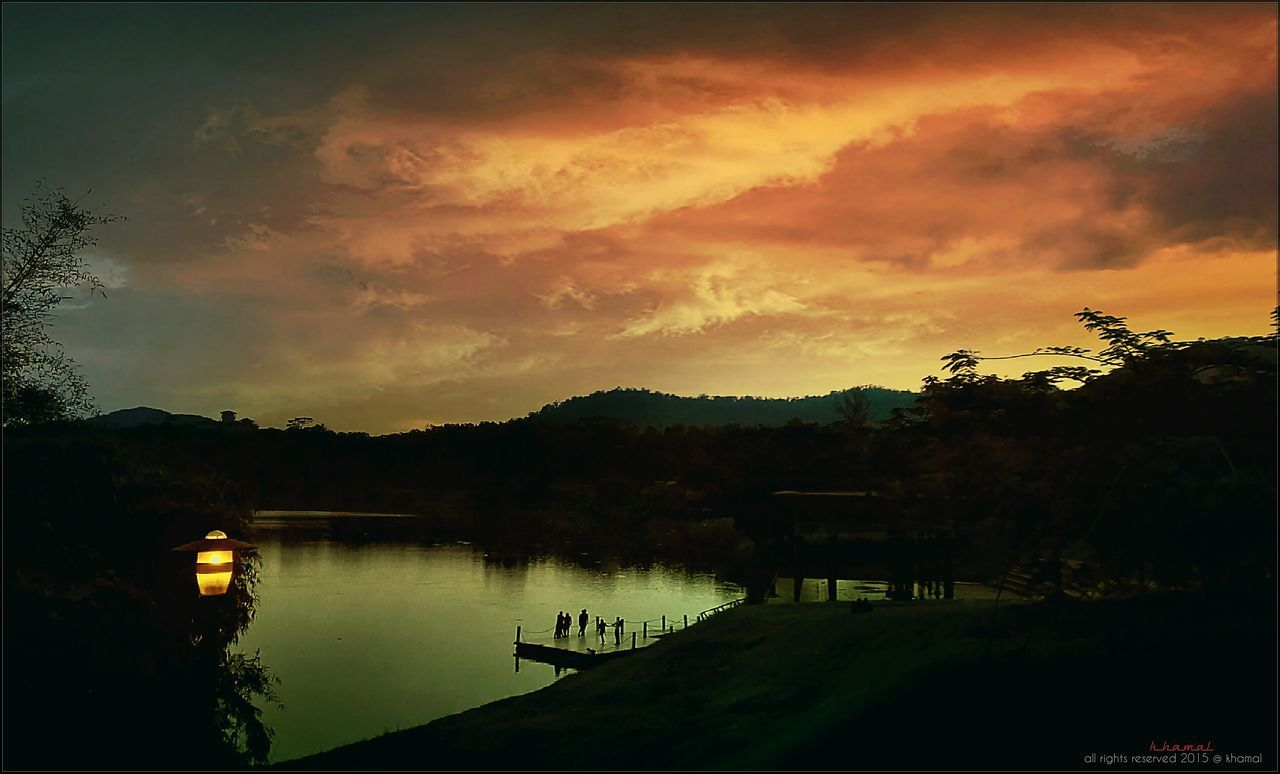 sunset, tree, sky, water, silhouette, beauty in nature, nature, tranquility, scenics, lake, no people, outdoors