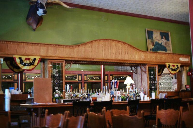 Mayberry's restaurant Washington Kansas https://youtu.be/NHDKhE6pYiA Bar Restaurant Old West  Rural America Small Town Rural Exploration Kansas Dinner Time Saloon Country Life