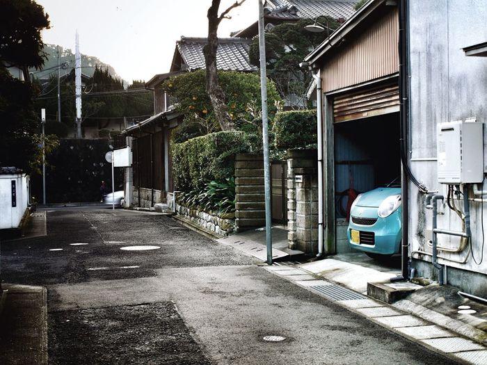 On The Street Corner Streetphoto_color Scenery with Kei-car Discover Your City Nagasaki City : Panasonic LUMIX L10K+ZUIKO Digital Lens plus Snapseed Editing