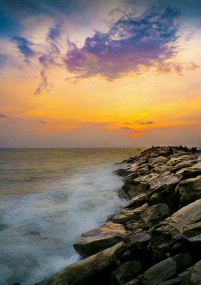 Sea And Sky Waves Sunset Scenery Landscapes