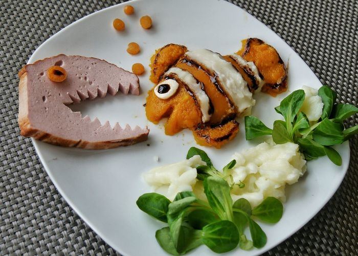 dangerous meal - what's about Nemo?? EyeEm Gallery Kids Meal Vegetabels Funny Meal Meal For Kids On White Plate Smashed Potatoes Salad Nemo Fish EyeEm Selects Playing With Food Carrots Carrots Poree Meatloaf Predator Ocean Scene To Be Eaten Food Food And Drink Plate Indoors  No People Ready-to-eat Freshness Healthy Eating Close-up Food Stories