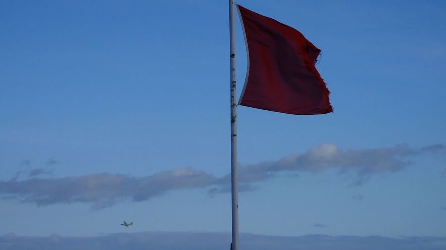 First Passed the Flags Wins Raf Plane Military Military Plane Red Red Flag Red Flag Warning Beach Flying