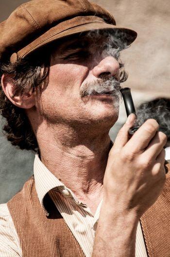 Picturing Individuality Old Man Hat Relaxing Italian Italian Style People Smoking Faces In Places Showcase: November EyeEmFiveSenses Eyeemfivesenses/taste Taste The Portraitist - 2017 EyeEm Awards