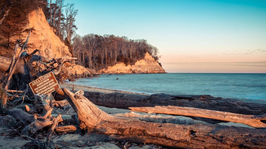 A shot of Calvert Cliffs, in Lusby, Maryland. Taken at sunrise, with the sun coming up behind me. Calvert Cliffs Maryland ChesapeakeBay Southern Maryland Nature Golden Hour Beach Cliffs Ocean EyeEm Best Shots EyeEm Nature Lover EyeEm Best Shots - Nature Life Is A Beach