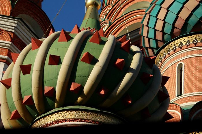 Moscow, Temple of Vasily the Blessed Saint Basil's Cathedral крыша Roof Cathedral Church Moscow Москва Собор Василия Блаженного Built Structure Architecture Day No People Art And Craft Building Exterior Multi Colored Design