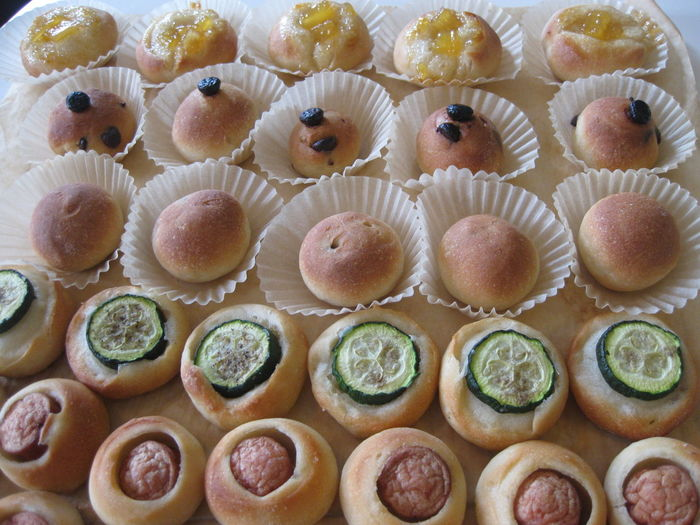 Buns Food Home Made Buns No People Party Food Savoury Buns Sweet Buns パーティーフード 惣菜パン 手作りパン 菓子パン